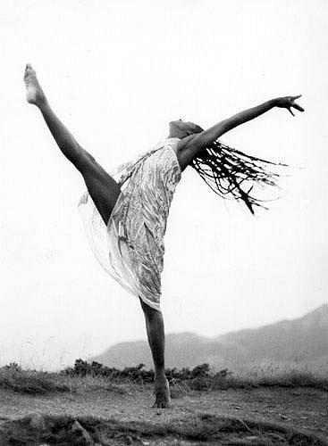 danseus1.jpg